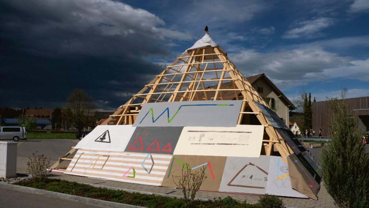 Ferienplausch-Pyramide